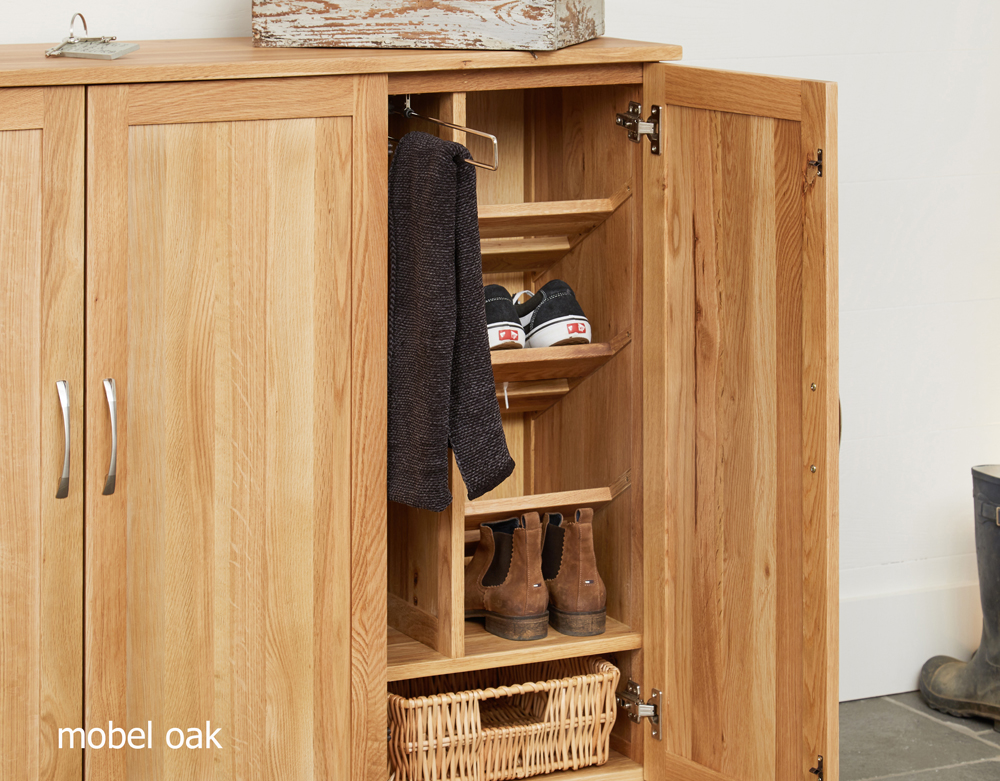 MOBEL - OAK EXTRA LARGE SHOE CUPBOARD