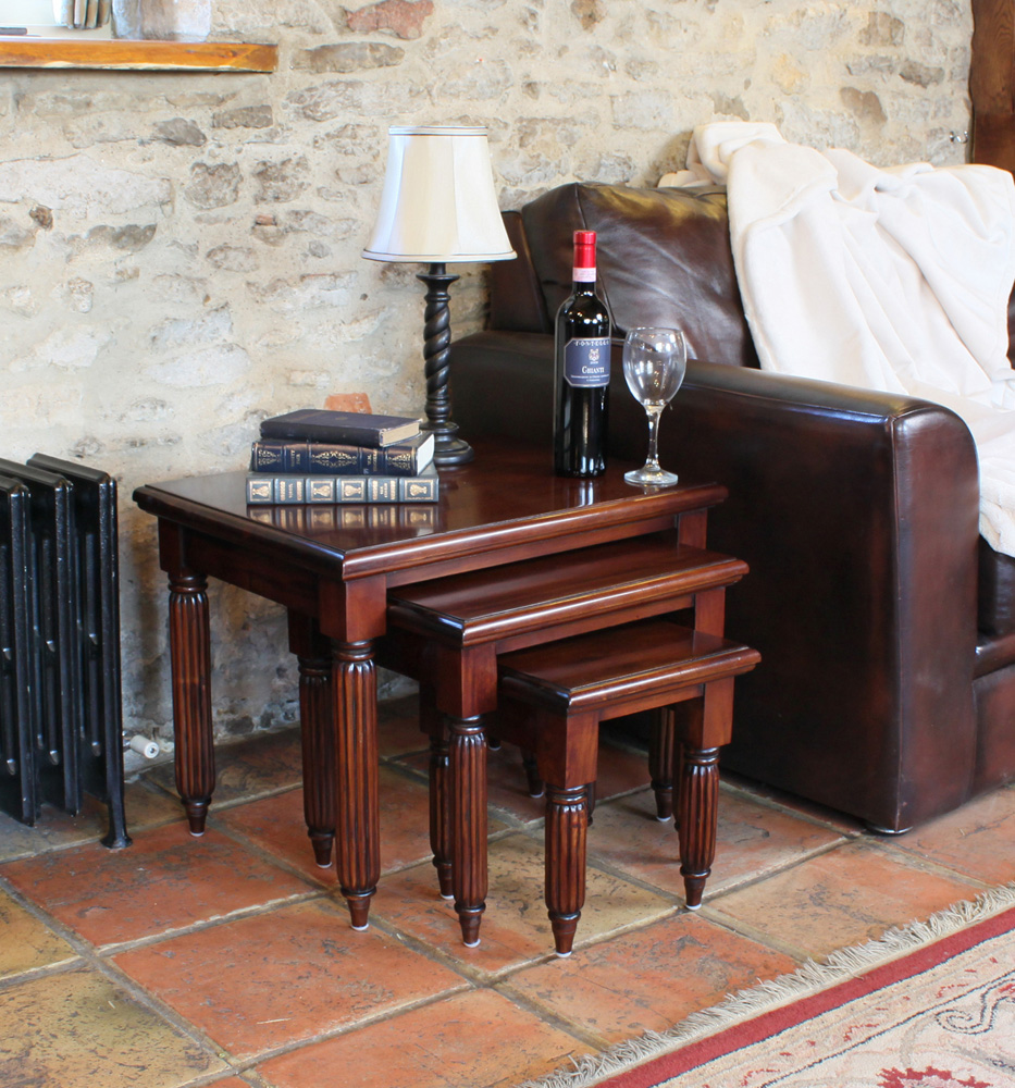 LA ROQUE - MAHOGANY NEST OF TABLES