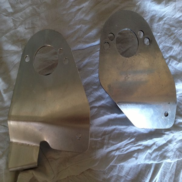 Albatross carb mount plate