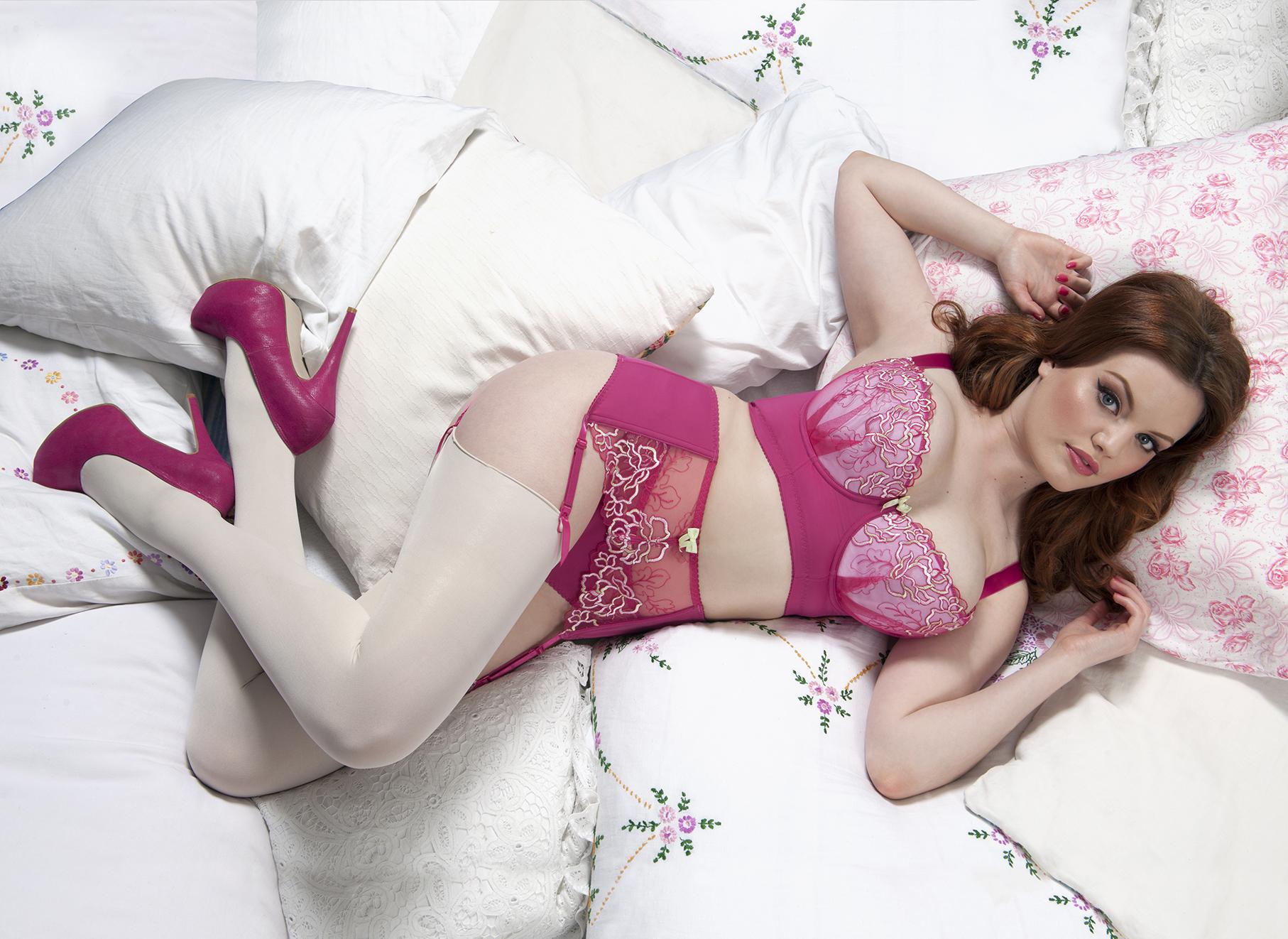 Curvy Kate Carmen