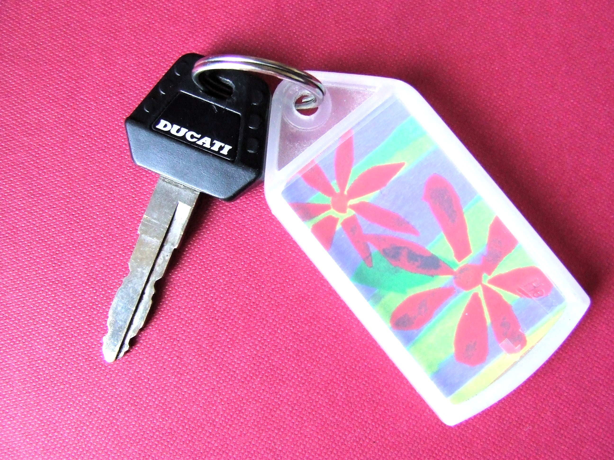 Personalised plastic keyrings