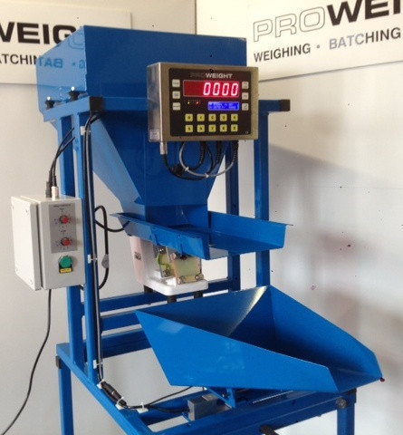 Proweight Semi-Automatic Batch Weigher.