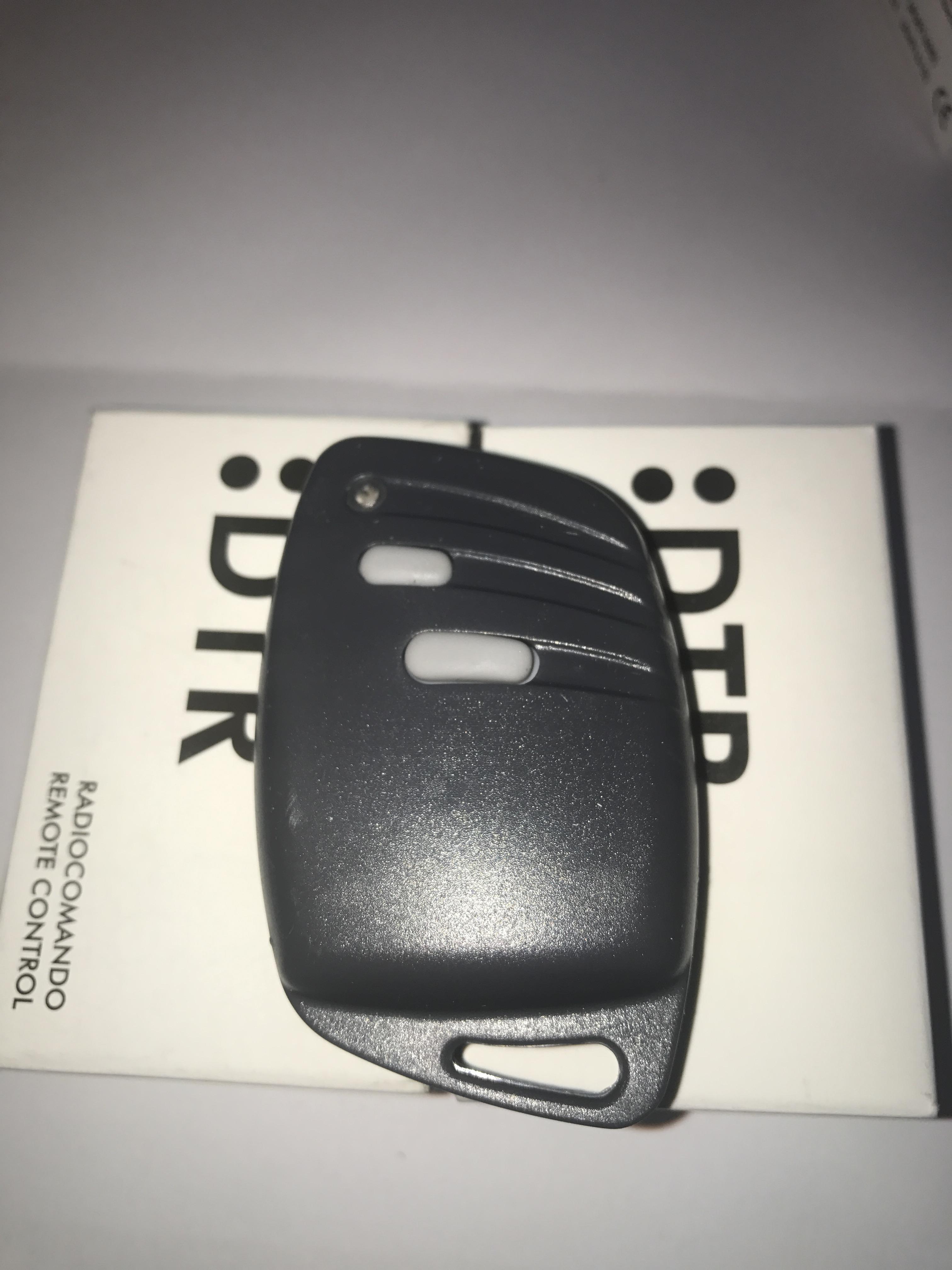 AU01600  2 x 2 Button Gibidi Transmitter