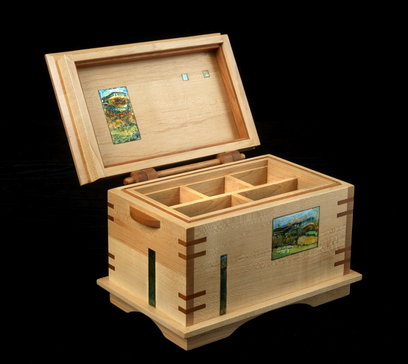 Jewellery box in maple and cherry 1