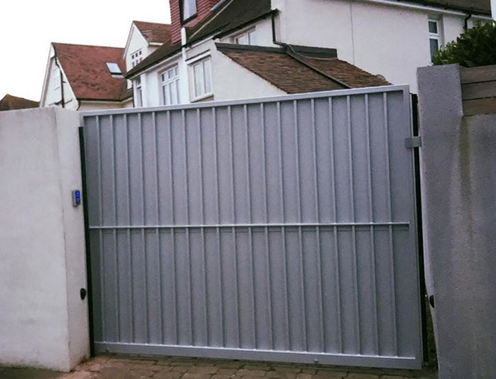 New gate system installed in Leigh on sea this week with Ampm Fabrications Roger sliding gate motor with bircher regolmat safety edges plus keypad entry and exit