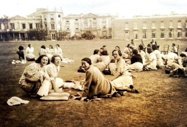 picnic on Froebel College lawn c1936