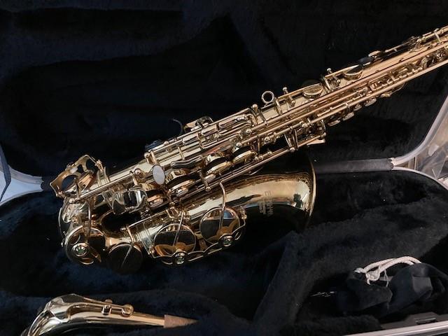 W1 alto sax 5jpg