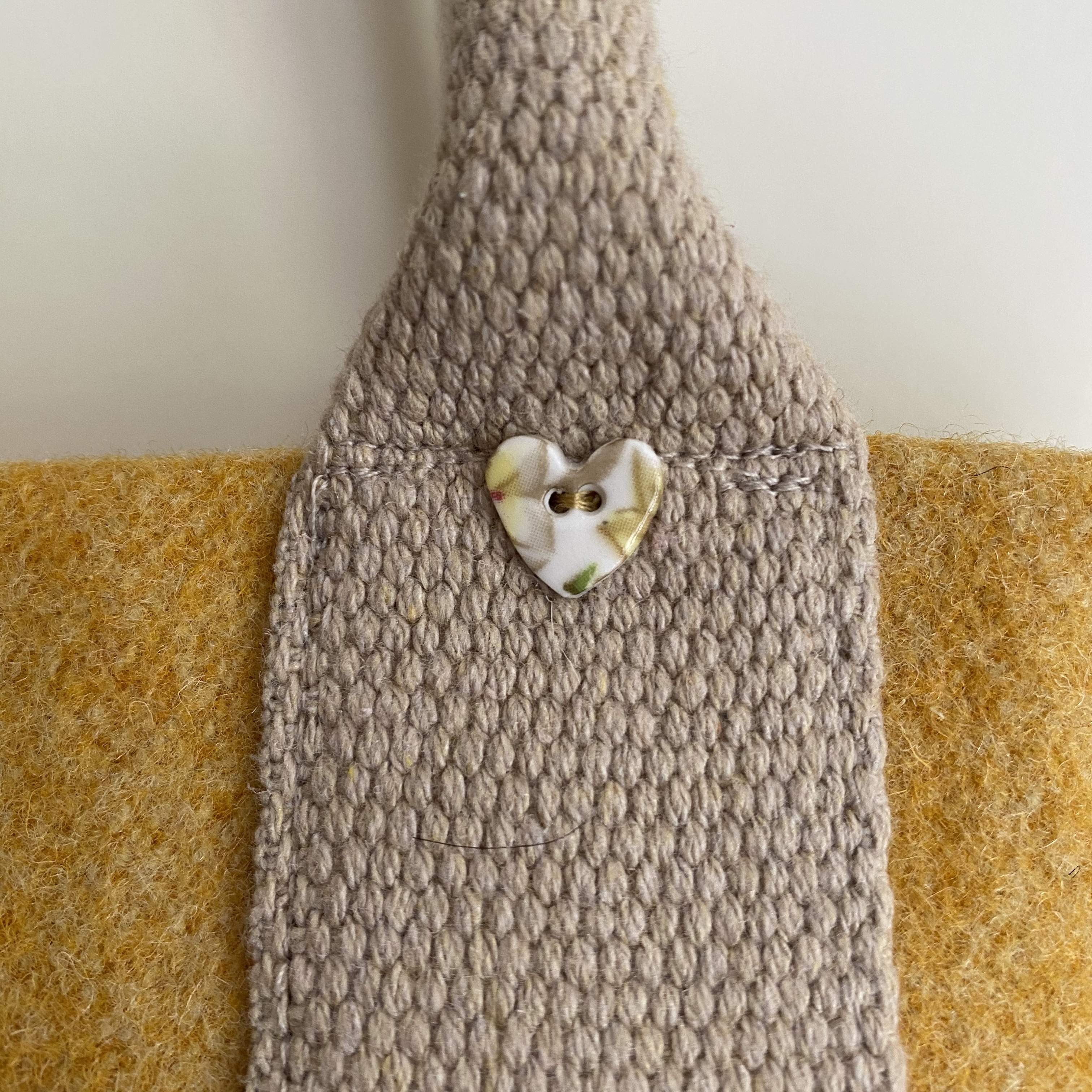 Long Handle Wool Tote with Hearts Lining