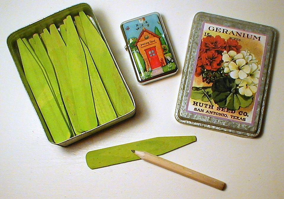 Gardeners Knick-Knack Tin Exclusive to Beeton and Brown