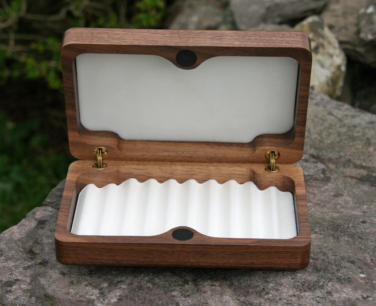 Medium Fly Box. FB2