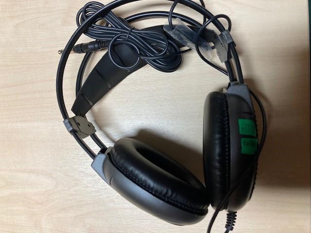 headphonesjpg
