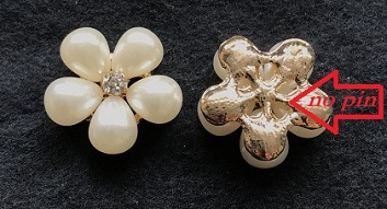 FLAT BACK Gold pearl flower embellishment 20 mm