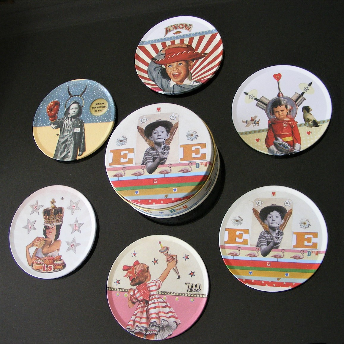SIX NICKY SNOW DESIGNER TIN COASTERS