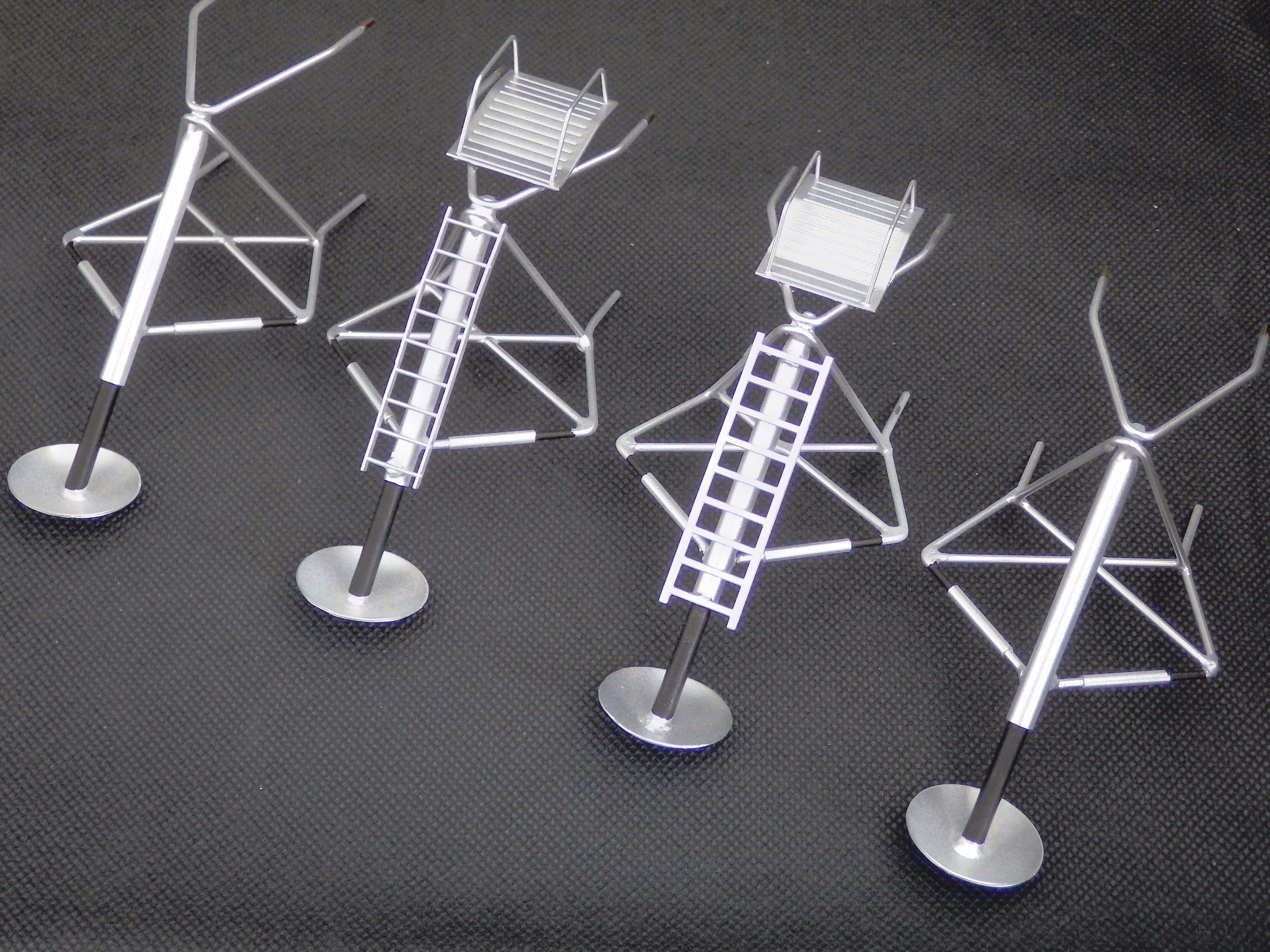 Replacement legs for 'Original' 1966 LEM Contractors Models