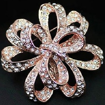 Rose gold brooches - tying the knot brooch 50 mm