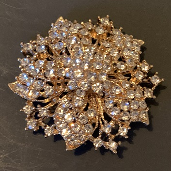 Large gold brooches - gold glorious brooch 55 mm