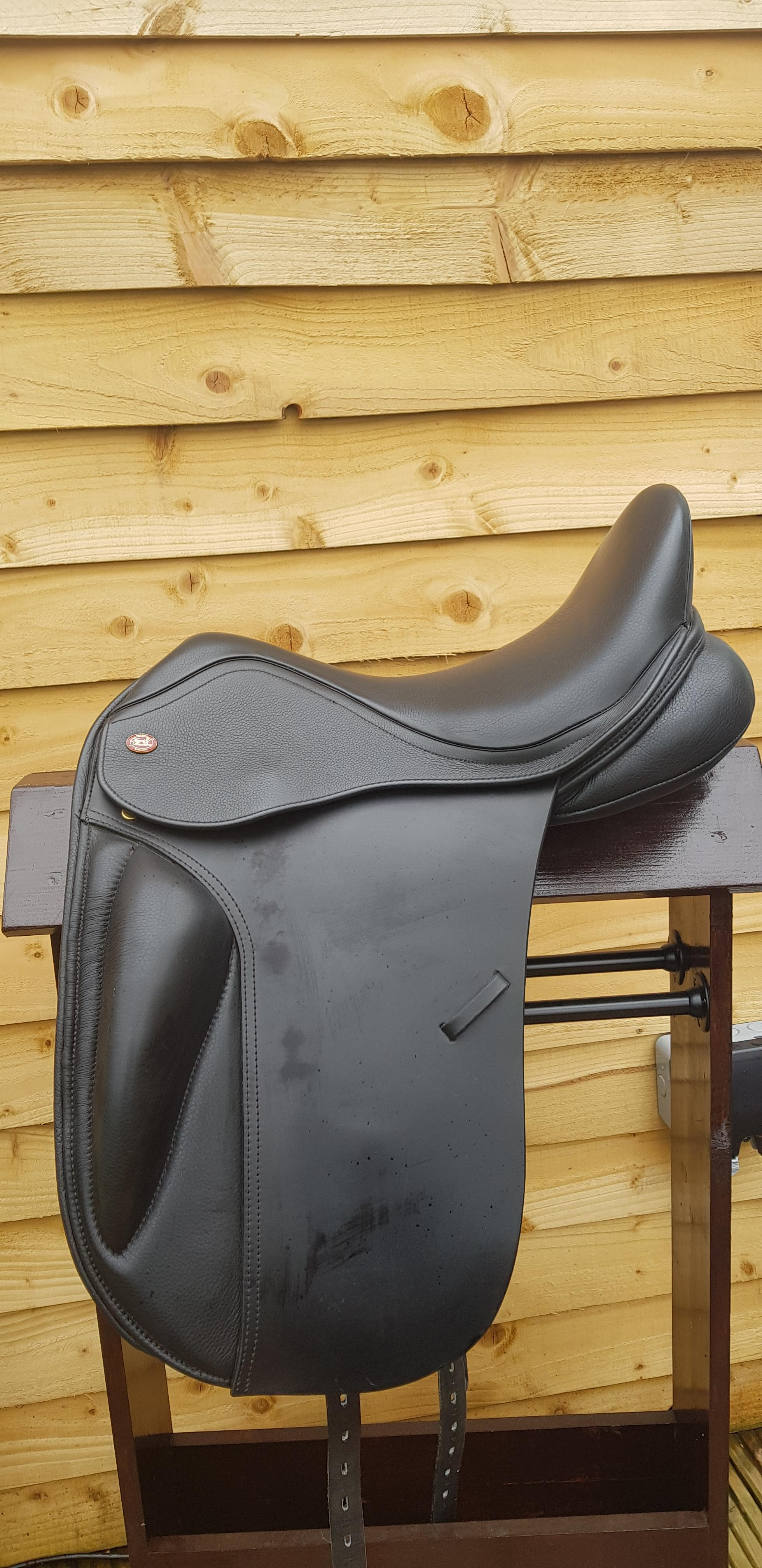 "Used Kent and Masters High Wither 17.5"" S Class Dressage Saddle. Black. Immaculate condition."