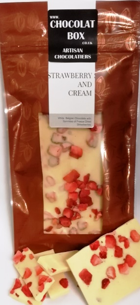WHITE STRAWBERRY AND CREAM BAR