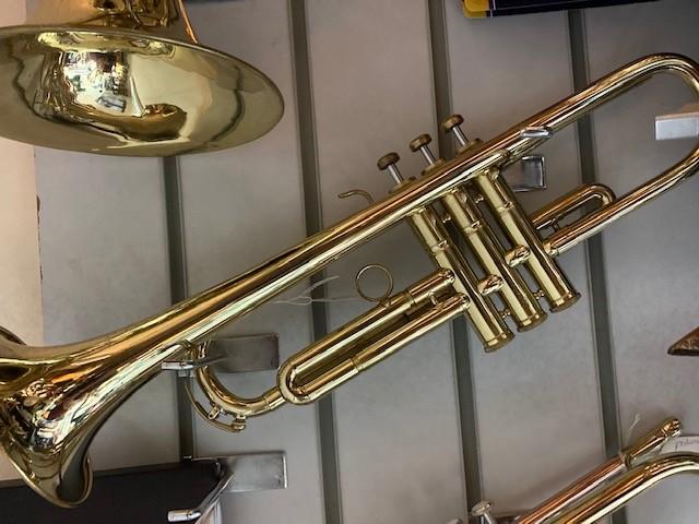 B4 - trumpet BM 1jpg