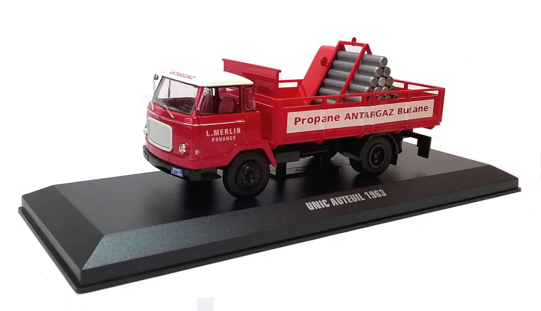 1963 UNIC AUTEUIL ANTARGAS TRANSPORTER - 1:43 Die-Cast Lorry Model by IXO