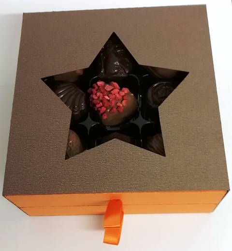 18 STAR CHOCOLATE BLACK LUXURY DRAWER BOX